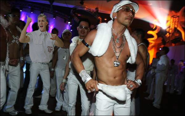 aggy_corps_34__aggywhiteparty